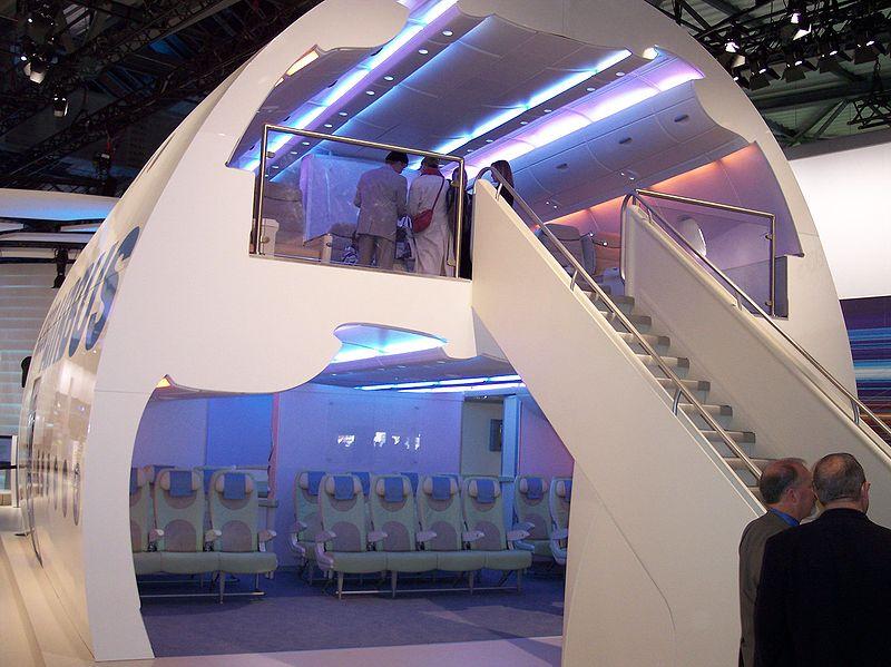 800px-Airbus_A380_Interior